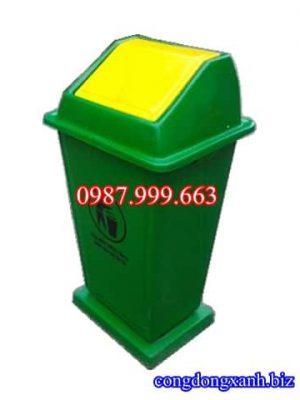 thùng rác có đế